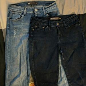 Bundle of Levi's 25waist Jeans!!